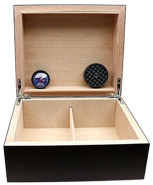 Cigar Accessories Brigham Equinox Walnut Humidor