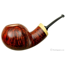 Gregor Lobnik Smooth Bent Apple with Boxwood