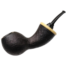 Wolfgang Becker Sandblasted Wasp with Boxwood (Double Wolf Paw)